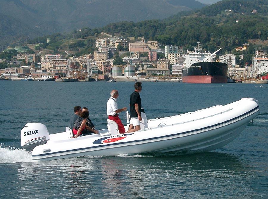 Location bateau selva bateau moteur louer grimaud partir de 0 euros - Location bateau port grimaud ...