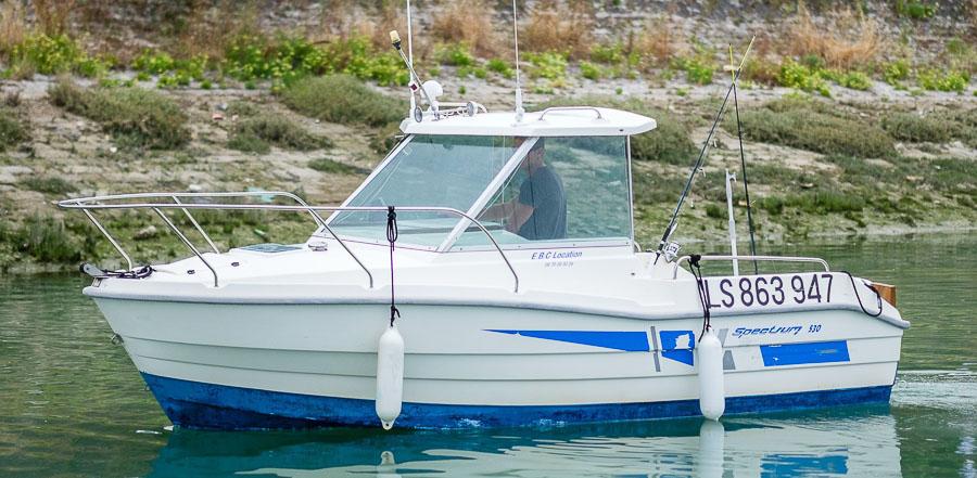 location bateau clear liner 530 timonier mar import bateau moteur louer la rochelle. Black Bedroom Furniture Sets. Home Design Ideas